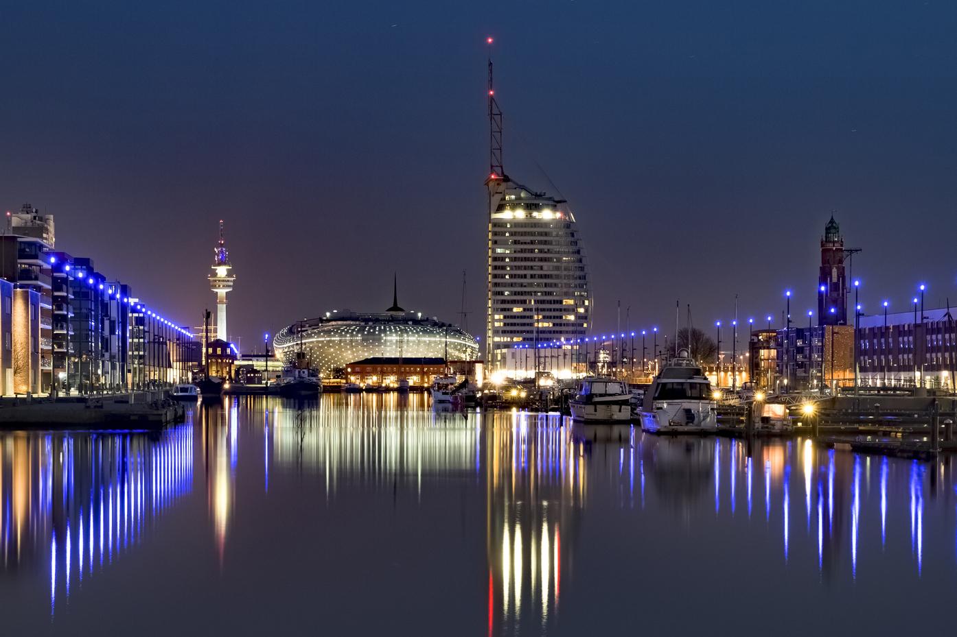 BdM 2018-02 - Lichter der Stadt | © Fred Eversmann