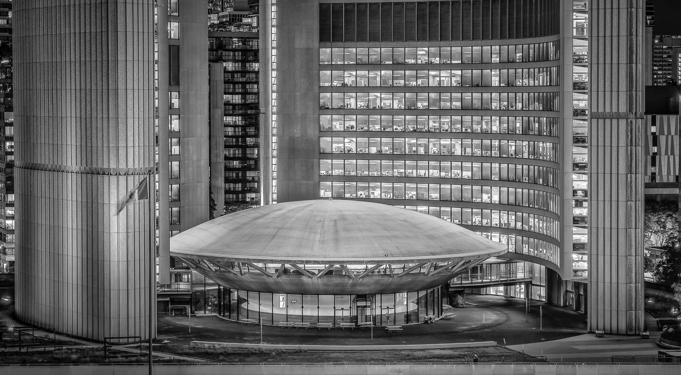 BdM-2020-09 | Toronto City Hall (The Eye of Government)  | ©  Peter Berlinghof