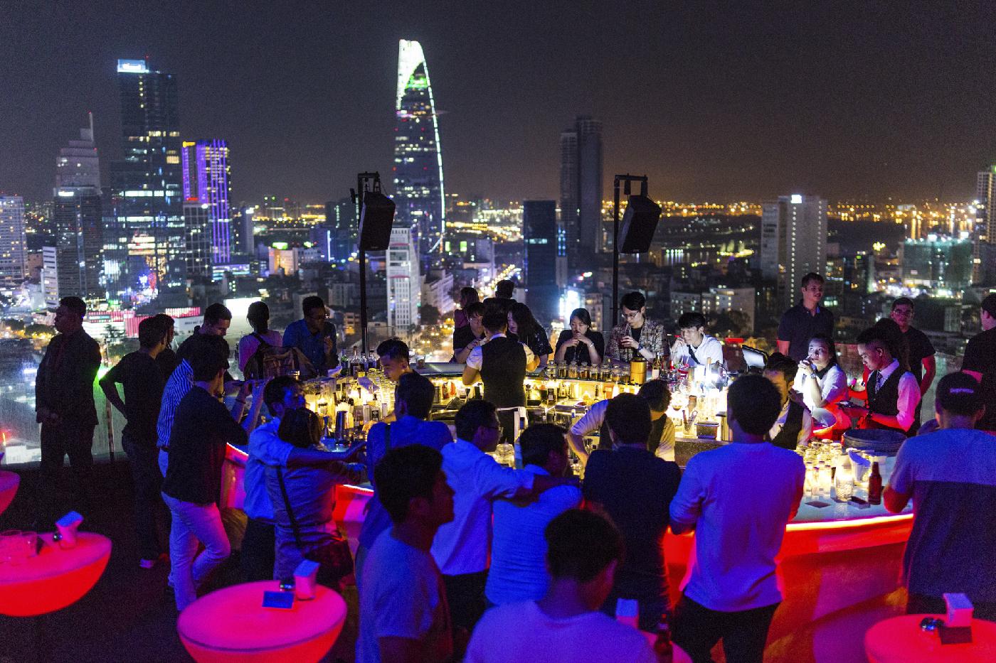 Sky Bar Ho Chi Minh City | © Fred Eversmann