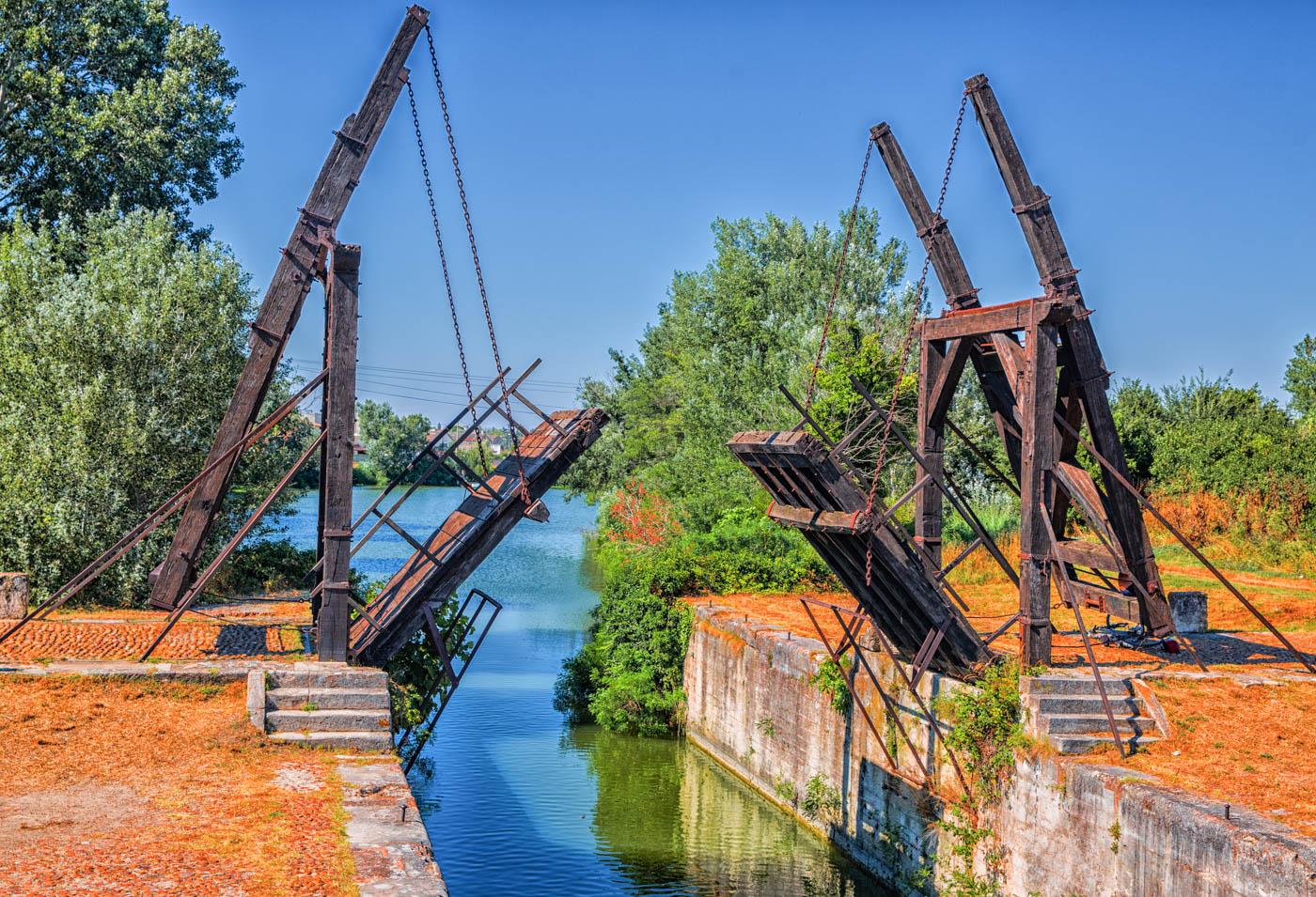 Brücke von Arles - Carin Hündgen