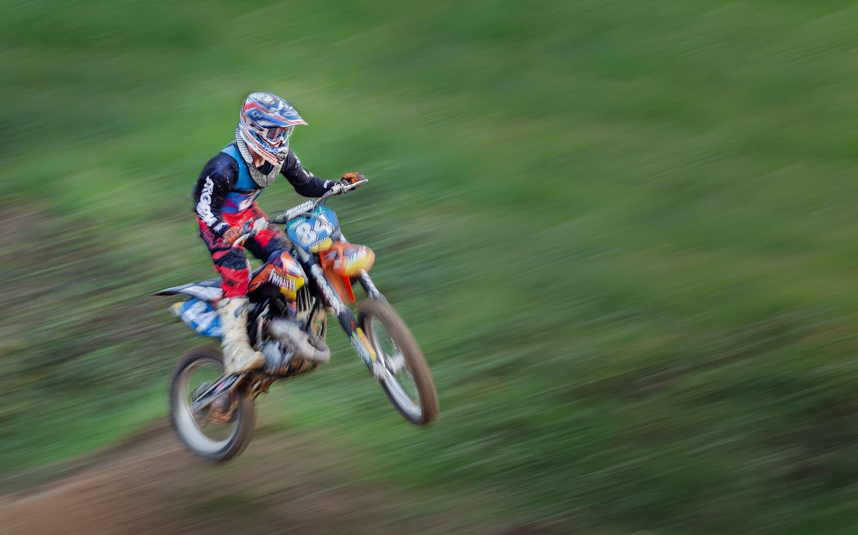 Jumping motorcyclist | © Irmgard Crispin