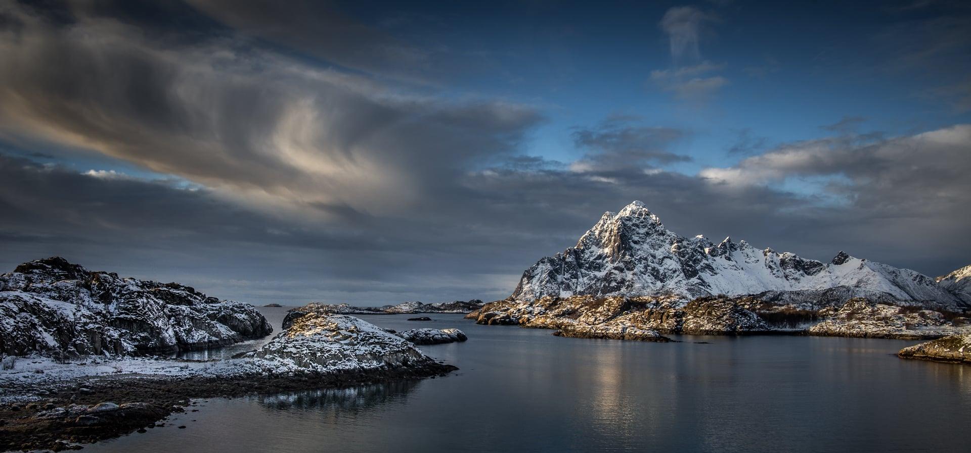 Sunrise Lofote Islands/NOR | © Irmgard Crispin