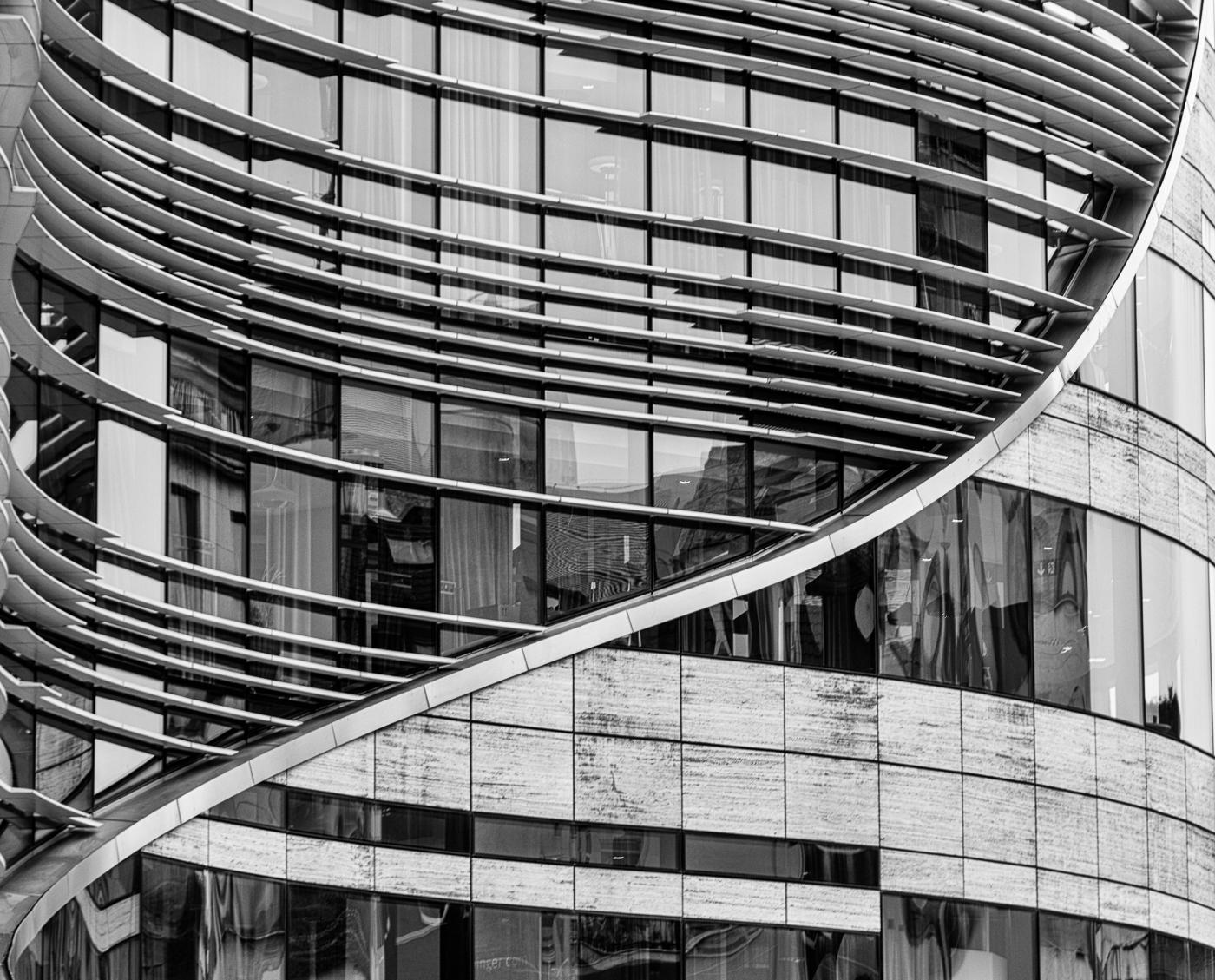 Architektur - Kö-Bogen 01 | © Roland Gras