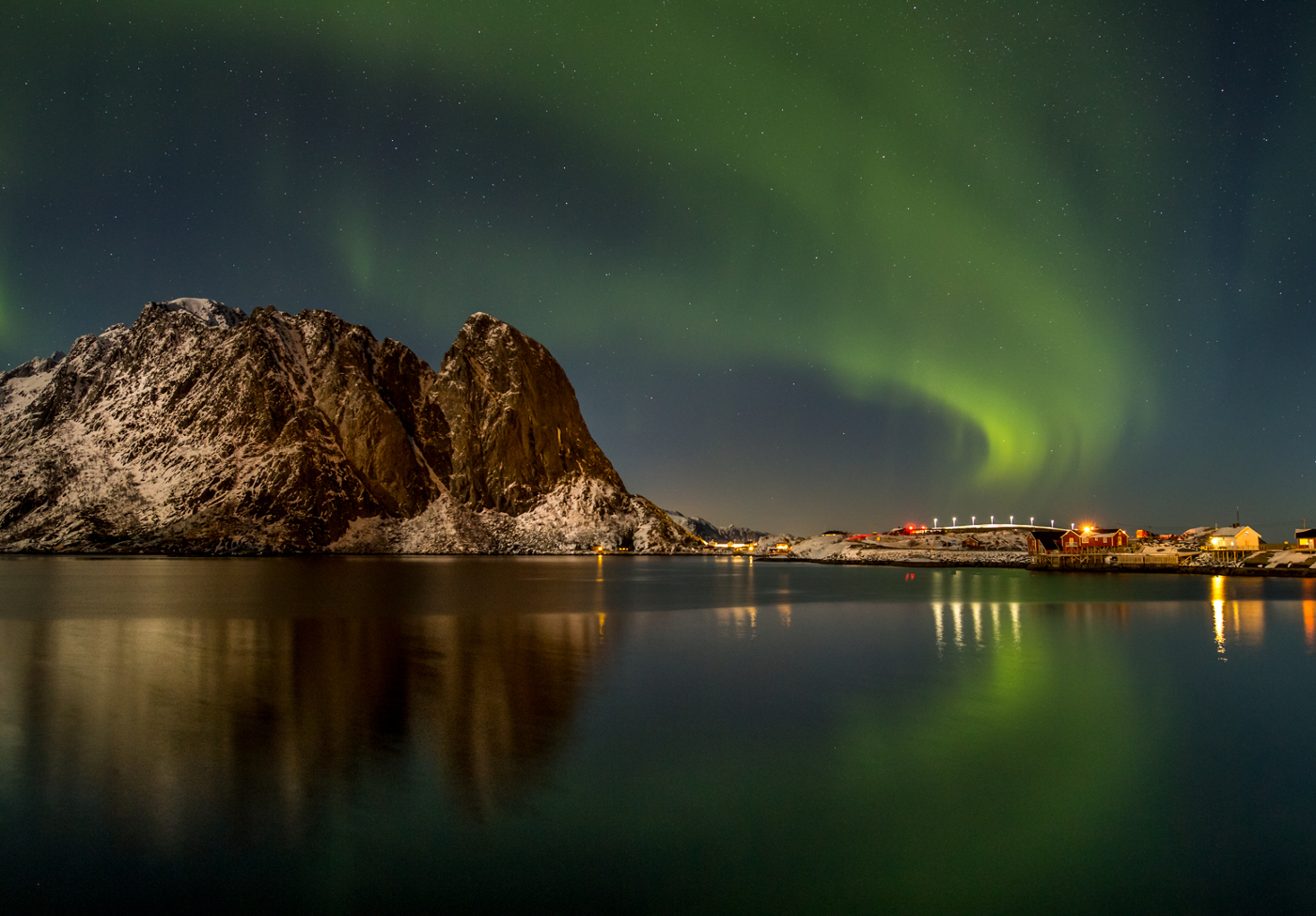 Illuminated Bridge | © Irmgard Crispin