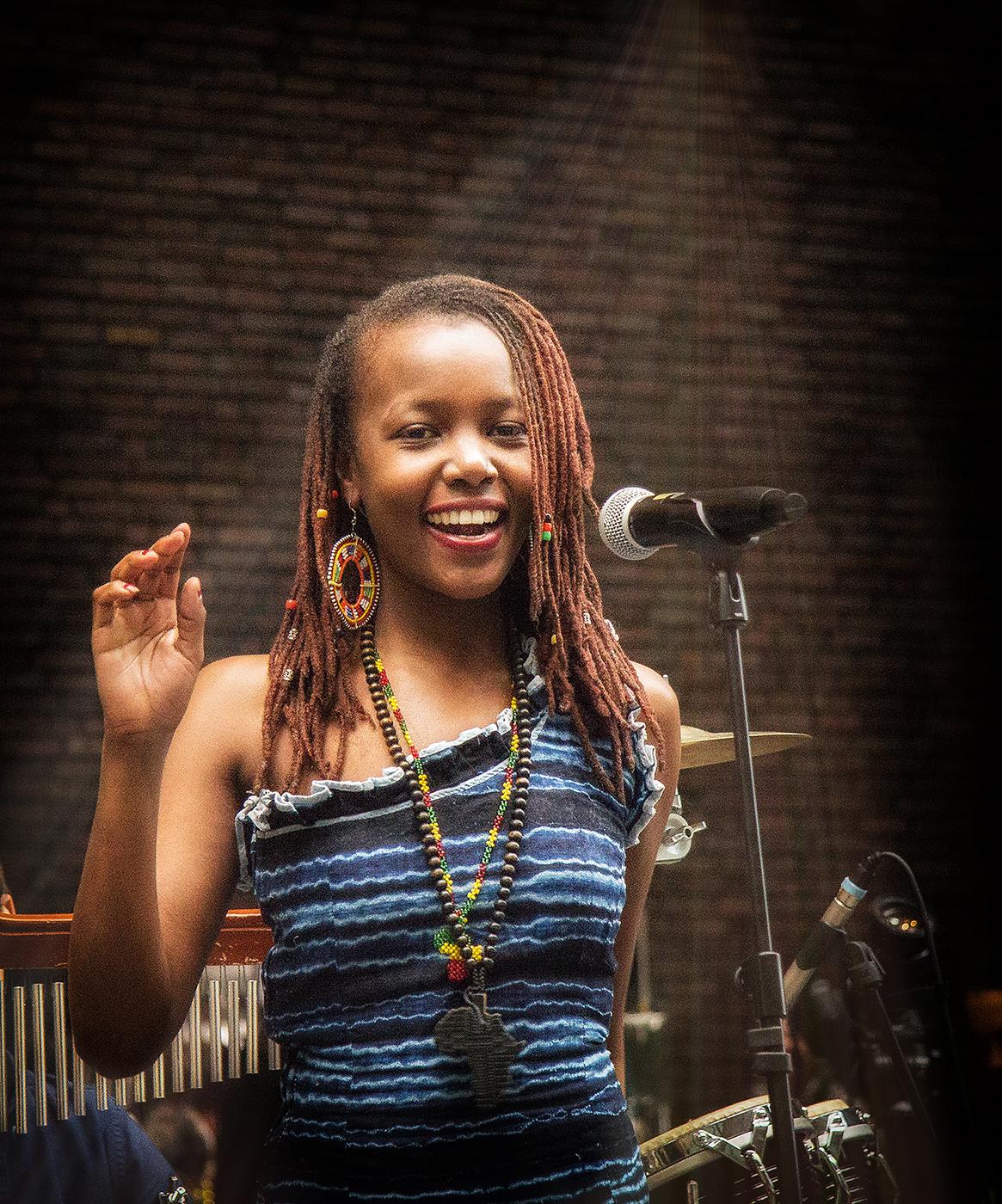 Annahme: Freude am Singen | © Dr. Doris Nsiff